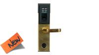 Cerradura con lector biométrico, numérico y llave